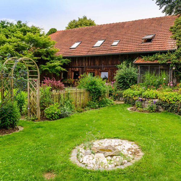 Garten im Pferdehof Bayern Oedhof