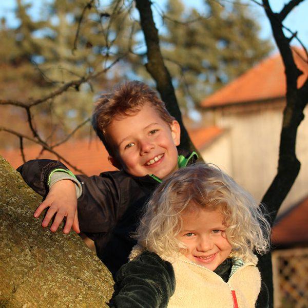 Kinder im Pferdehof Oedhof Bayern